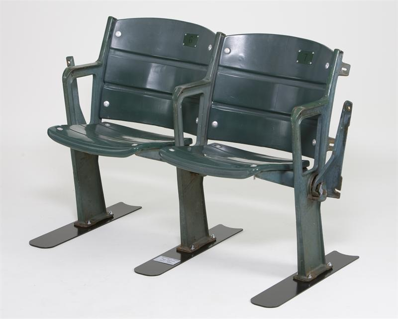 Old Busch Stadium Club Seats Stabilizers Bases Mounts And Brackets